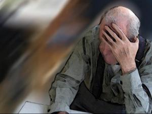 Alzheimer ist bei alten Menschen schon fast eine Volkskrankheit. Jetzt ist ein neues Medikament in Sicht.